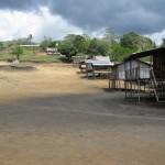 9. Vesnice Naduri, Papua-Nová Guinea.