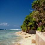 6. Maledivy.